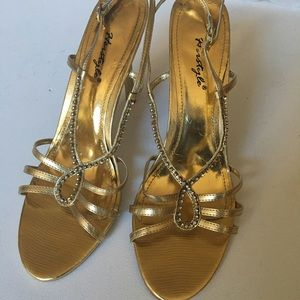 Her style gold stripes sandals size 10